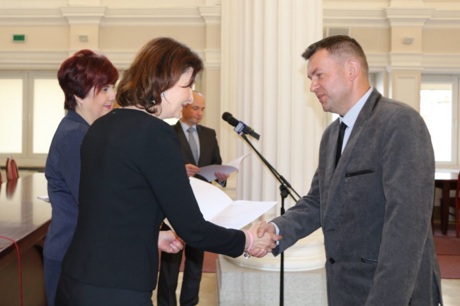Samorządy Podkarpacia otrzymały 43 promesy na prawie 11,6 mln zł