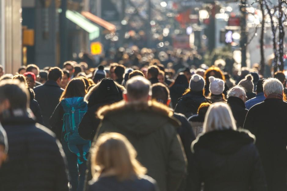 W wyniku kryzysu zwiększy się rozwarstwienie na rynku pracy, uważa politolog z UW