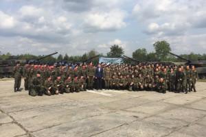 Szef MON do uczniów klas mundurowych: ważne by młoda kadra WP była wychowana w duchu patriotyzmu