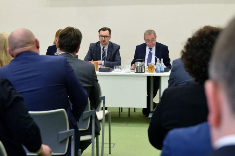 Po spotkaniu w Ministerstwie Środowiska. Konsultacje ustawy o porządku i czystości w gminie
