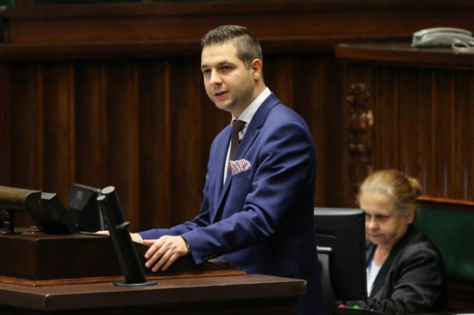 Patryk Jaki deklaruje, że jest gotowy do debaty z Rafałem Trzaskowskim.