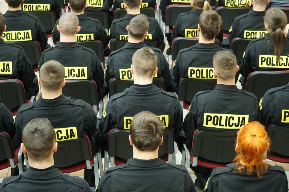 Patrole z góry. Policja chce kupić dwa śmigłowce