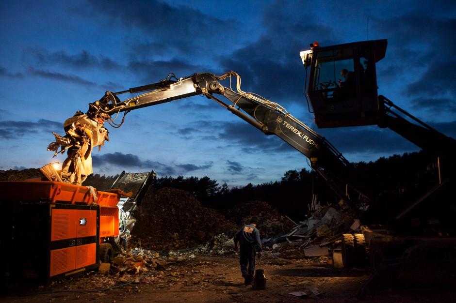 """""""Tworzenie wojewódzkich planów gospodarki odpadami to operacja polityczno-biznesowa na dużą skalę"""""""