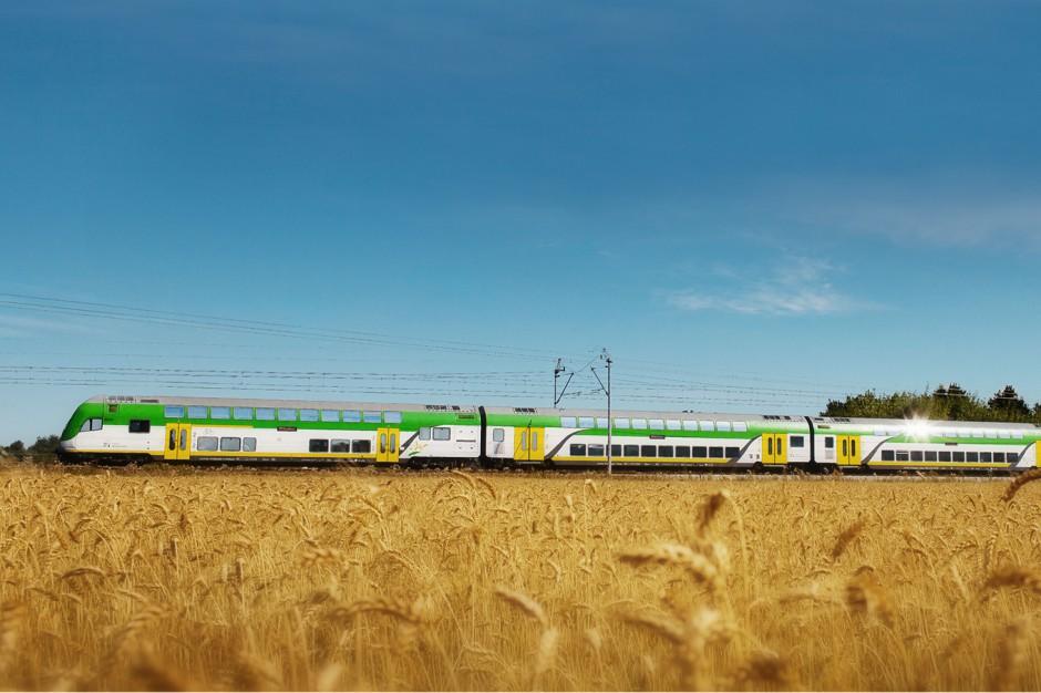"""Koleje Mazowieckie: """"Słoneczny"""" pociąg do Ustki w wakacje wraca na tory"""