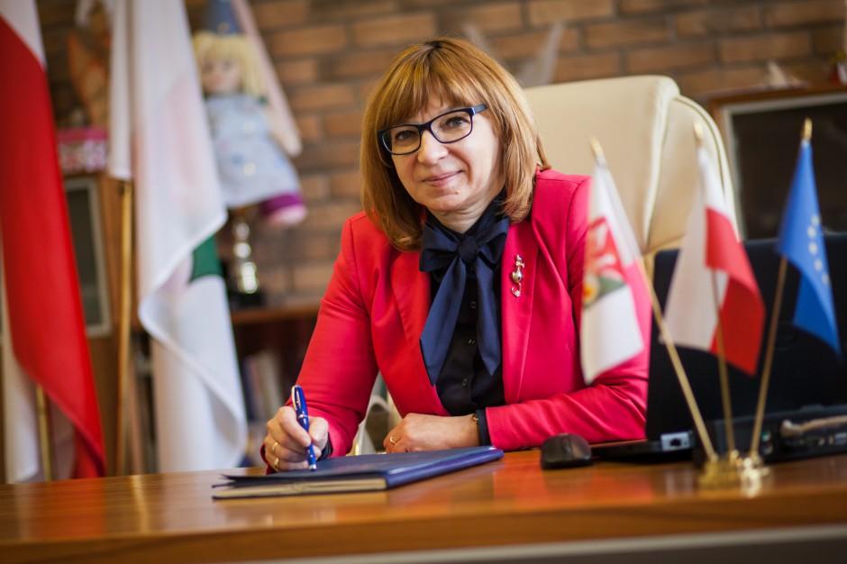 Elżbieta Radwan na podsumowanie kadencji: Czas potwierdzić deklaracje rządu