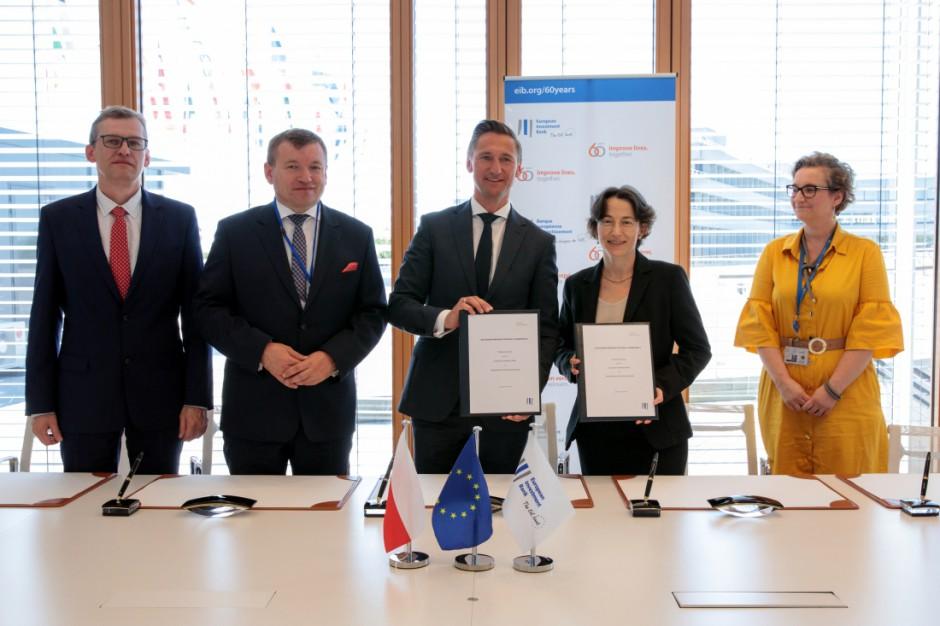 Miliony na rozwój Pomorza Zachodniego. Władze województwa podpisały umowę z Europejskim Bankiem Inwestycyjnym