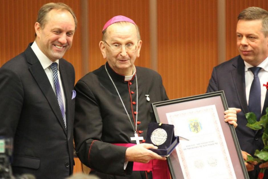 Abp Muszyński odebrał Honorowe Wyróżnienie za Zasługi dla Województwa Pomorskiego