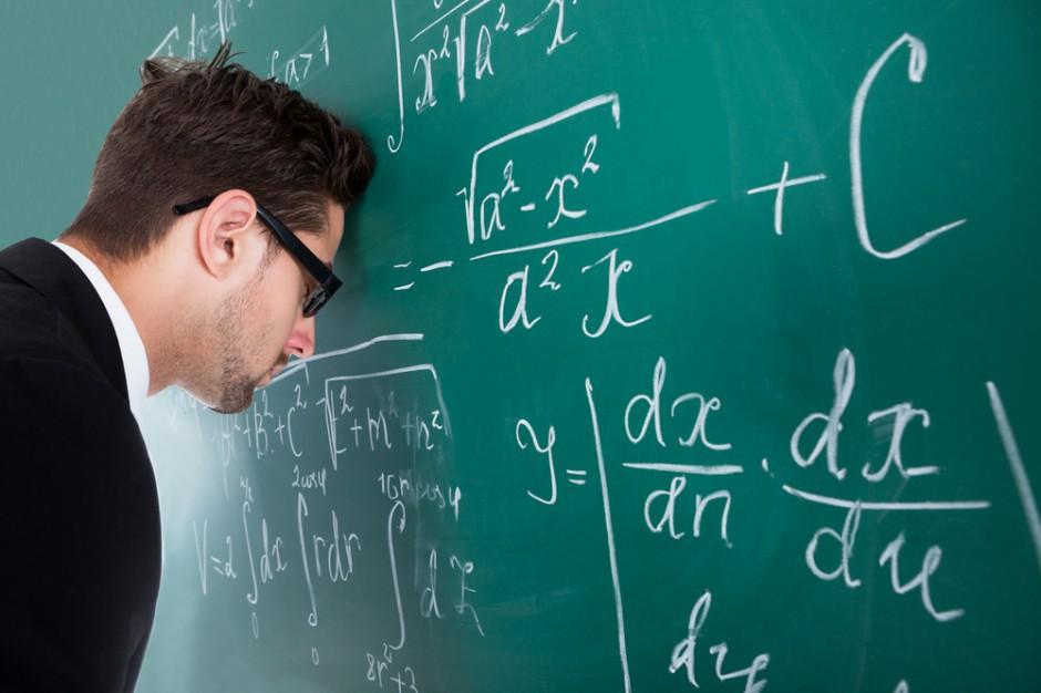 Ocena pracy nauczycieli. Związek negatywnie o propozycjach zmian
