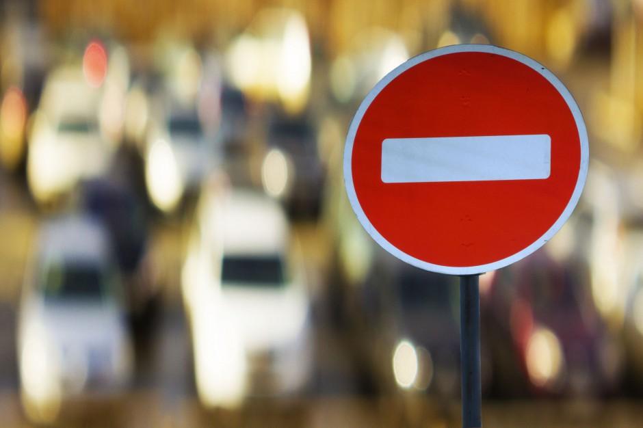Miasta zamknięte dla pojazdów spalinowych. Wjadą tylko elektryczne