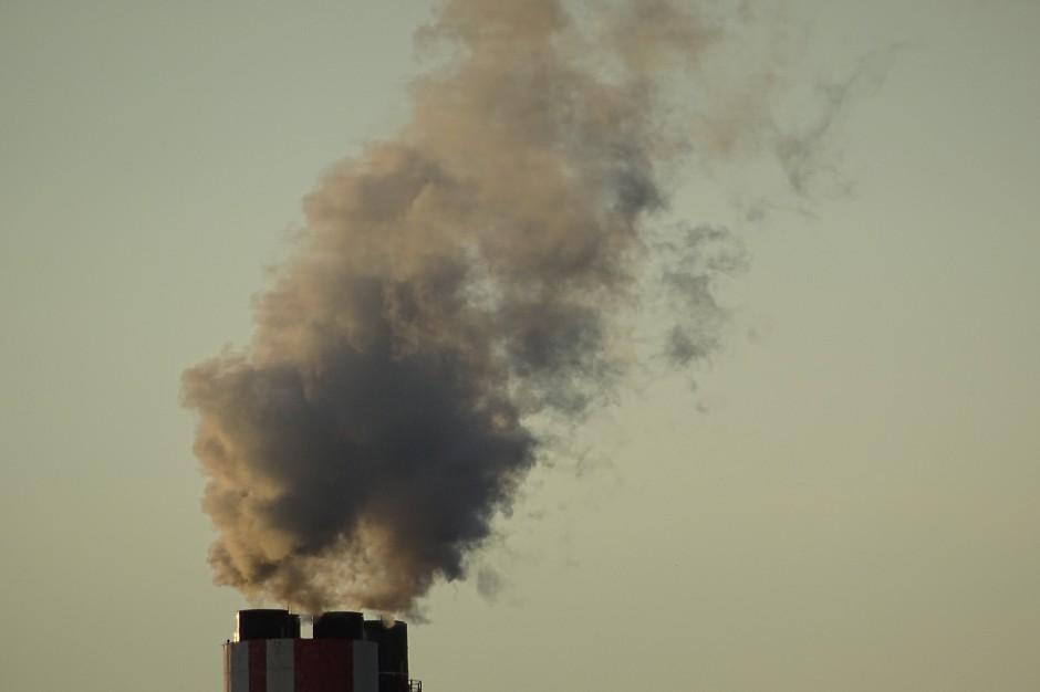 """EKG: Debata """"Smog - Problem społeczny i gospodarczy"""" - relacja [wideo]"""