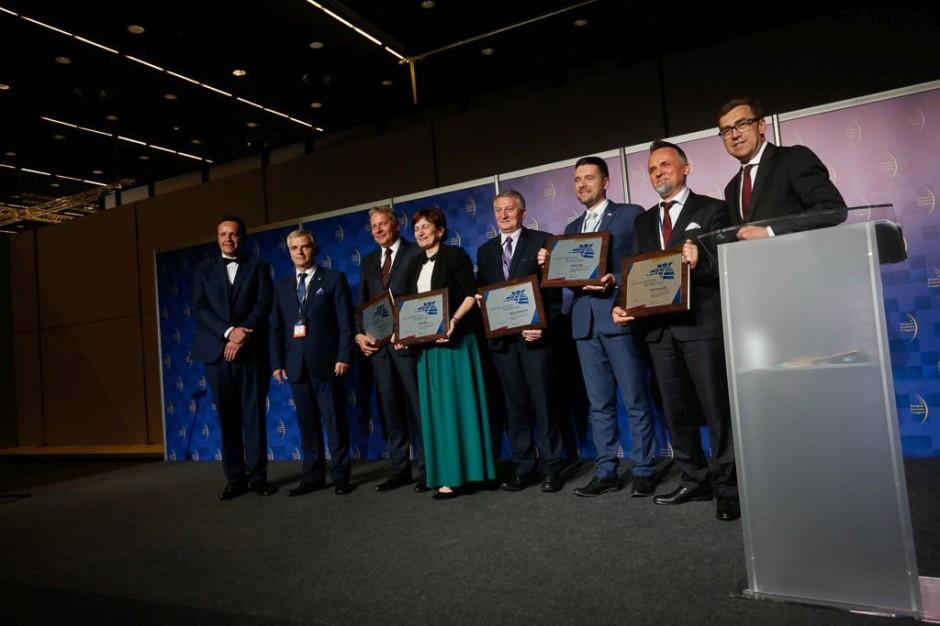 Najlepsi samorządowcy Roku 2017 r.: Gala z wręczenia nagród (ZDJĘCIA)