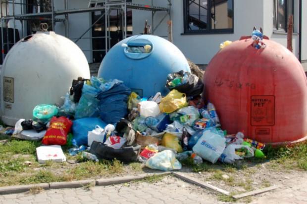 """W którą stronę pojadą nasze odpady? """"Czarny scenariusz się sprawdził"""""""