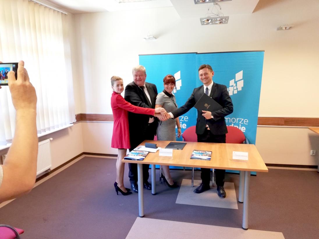 Inwestycja w Jarosławcu zakłada budowę dodatkowych 11 zjeżdżalni wodnych, w tym największej w Polsce o długości 243 metrów (fot.wzp.pl)