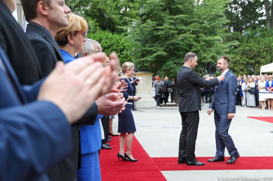 Dzień Samorządu Terytorialnego: Prezydent odznaczył 31 samorządowców. Oto lista nagrodzonych