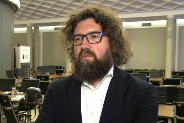 """Piotr Woźny, pełnomocnik premiera ds. programu """"Czyste powietrze"""" (fot.Newseria)"""