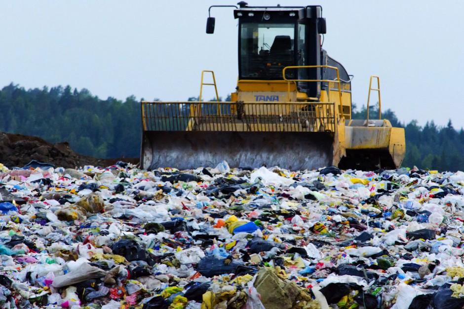 Śmieci bez należytej kontroli