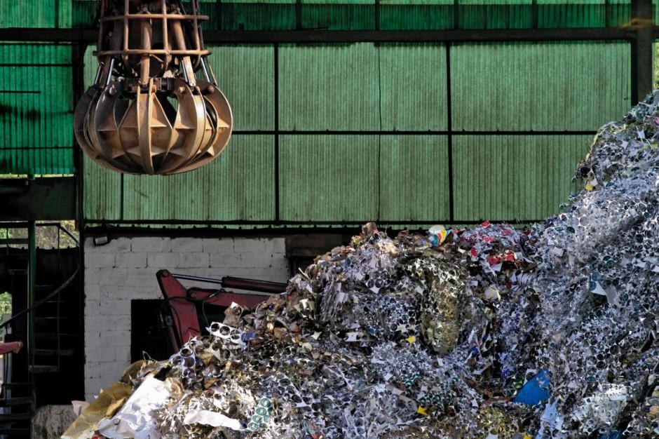Ministerstwo Środowiska oszacowało szara strefę w gospodarce odpadami