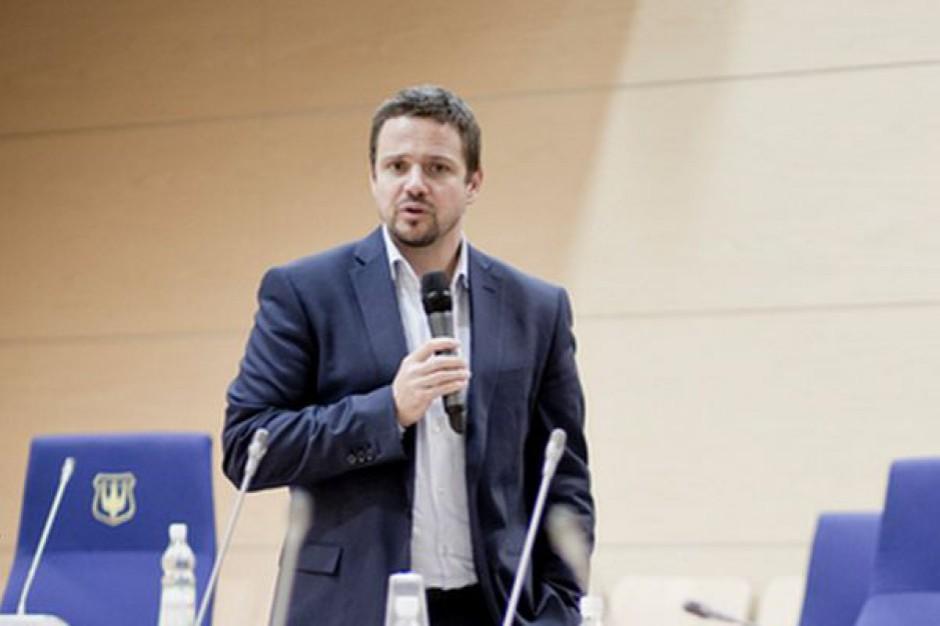 Rafał Trzaskowski: mamy nadzieję, że rząd PiS wycofa się z najbardziej kontrowersyjnych decyzji