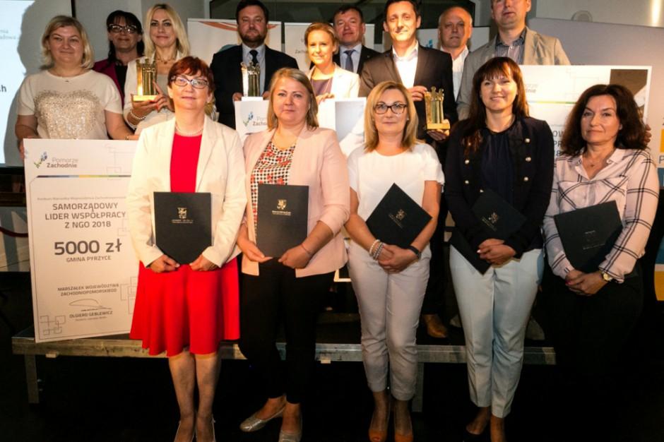 Zachodniopomorskie: Samorządowi liderzy współpracy z NGO