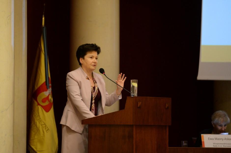 Hanna Gronkiewicz-Waltz będzie wzywana ws. reprywatyzacji boiska w Warszawie
