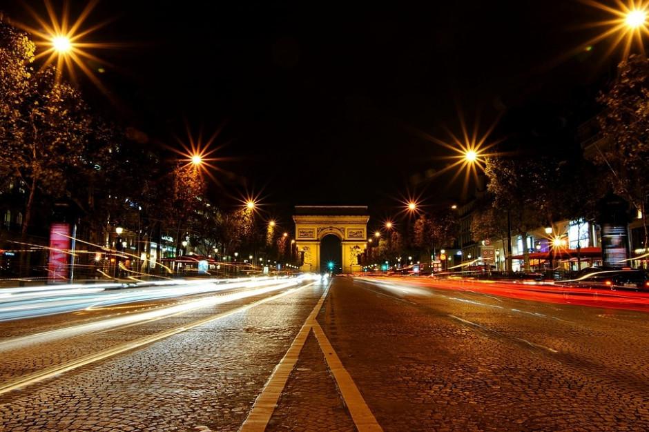 Paryż wycofuje się z usługi carsharingu. Miasto rozwiązało kontrakty z firmą Bollore