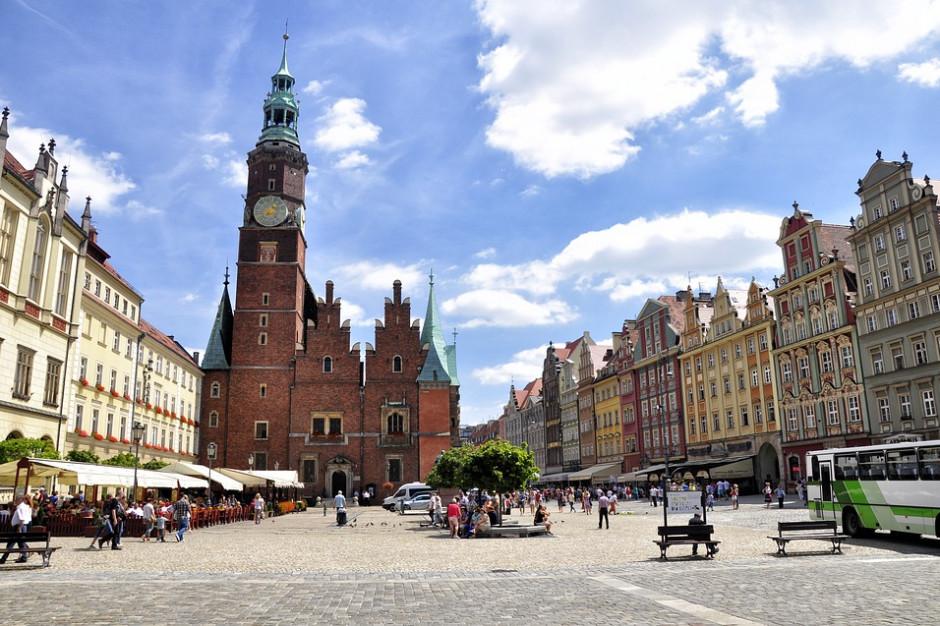 Bezpłatne letnie spacery z przewodnikiem we Wrocławiu