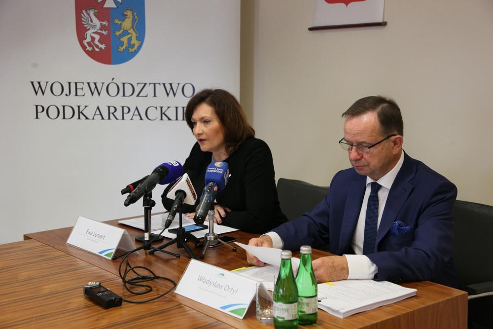 Konferencja prasowa w urzędzie marszałkowskim. Fot. podkarpackie.pl