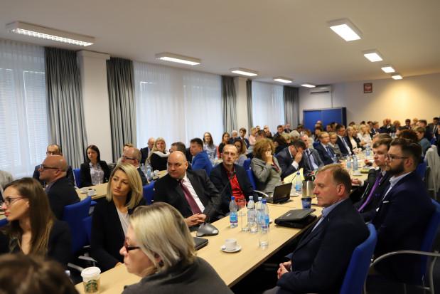 Grupa robocza do spraw RODO liczy 90 osób. Pierwsze spotkanie odbyło się 2 lipca (fot. gov.pl)