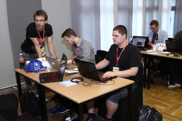 W maratonie programistów wzięło udział 40 osób (fot.plock.eu)