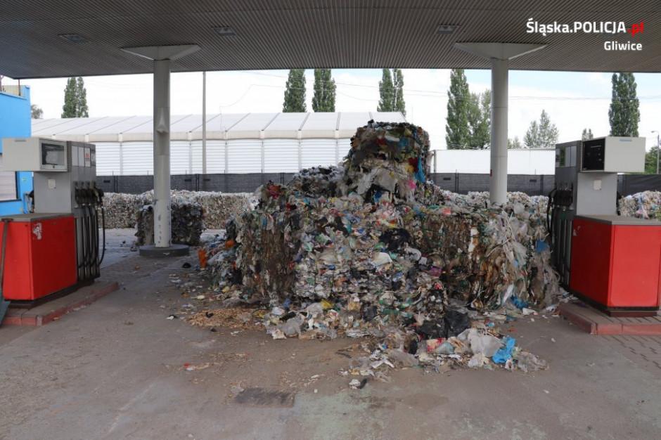 Gliwice: Nielegalne odpady na nieczynnej stacji benzynowej