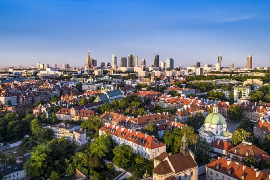 30 mln zł z UE dla Warszawy na e-usługi, budynki komunalne i parking przy PKP