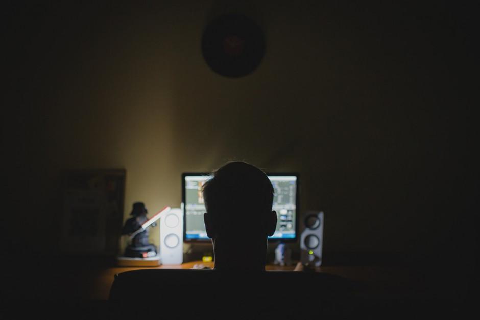 """Wyłudzenia na """"300+""""? Ministerstwo Cyfryzacji ostrzega przed oszustami"""