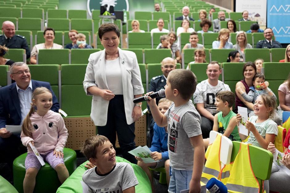 W weekend politycy PiS odwiedzą 8 województw