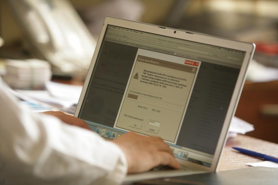 Profil zaufany. Ministerstwo cyfryzacji konsultuje projekt rozporządzenia
