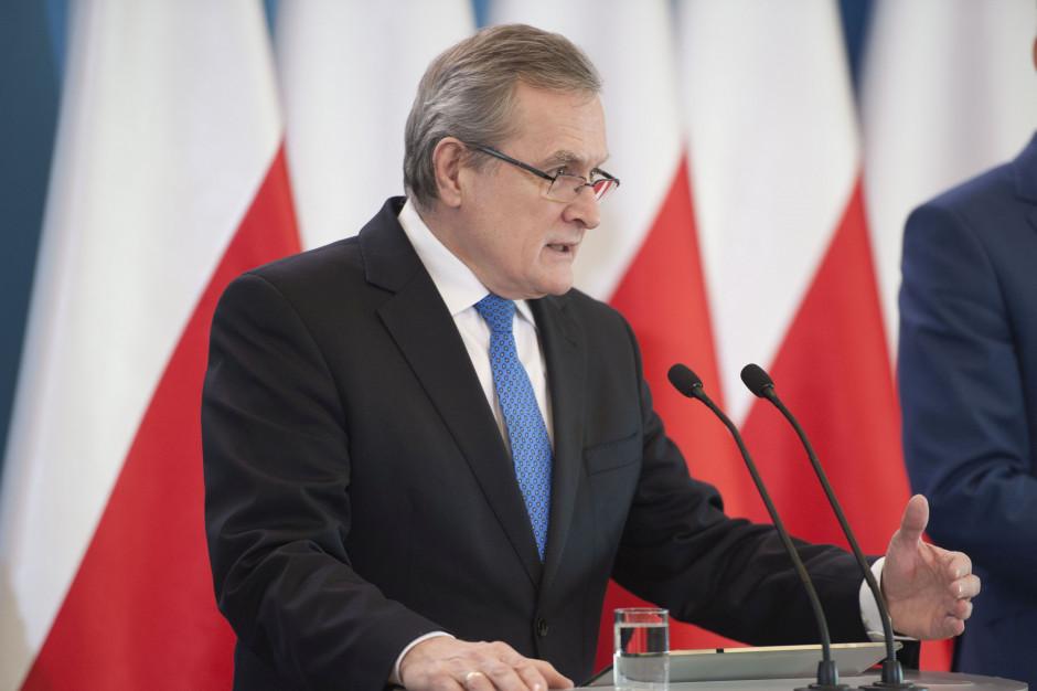Piotr Gliński: rząd wesprze organizacje pozarządowe w związku z epidemią