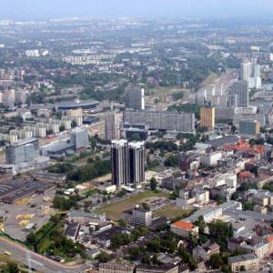 Katowice wstrzymują się z decyzjami dot. śródmiejskich stref parkowania. Na razie władze skupiają się na budowie centrów przesiadkowych (fot. wikipedia)