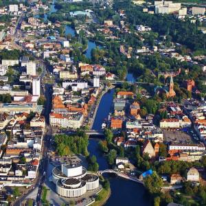 """Bydgoszcz jest jednym z miast, które na razie mówi zdecydowane """"nie"""" podwyżkom opłat za parkowanie w centrum (fot. wikipedia)"""
