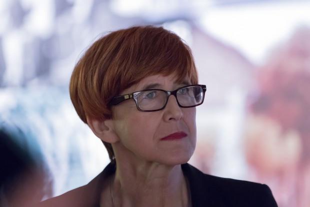 Elżbieta Rafalska, minister rodziny, pracy i polityki społecznej (fot.Shutterstock)