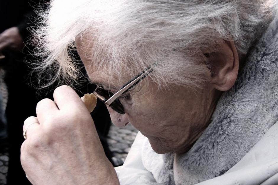 NIK: Seniorzy bez opieki. Gminy nie wiedzą, ilu ich mają na swoim terenie
