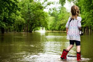 Opady: W ośmiu województwach mamy zagrożenia