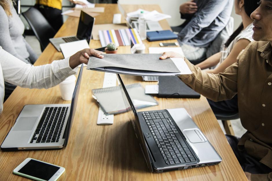 Młode firmy mogą skorzystać z pomocy wz. z zamknięciem działalności