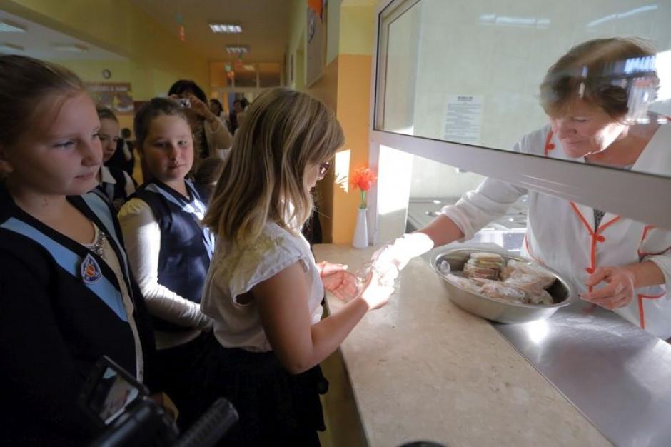 Bezpłatne obiady dla uczniów. Gdańsk przypomina o składaniu wniosków