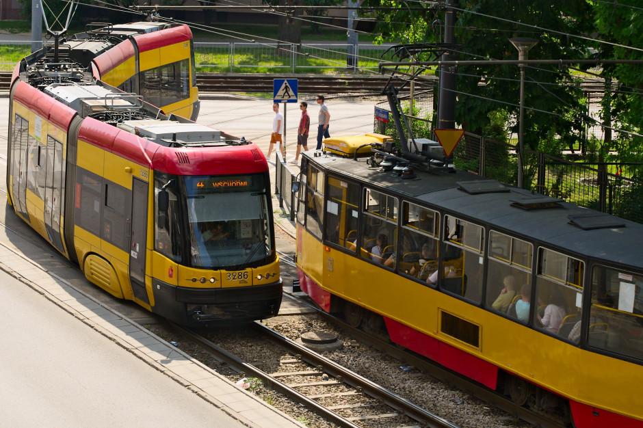 Warszawiacy jeszcze poczekają na nowe tramwaje
