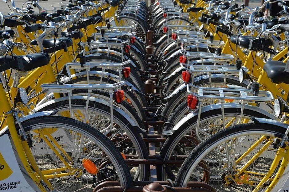 Bydgoszcz zamontuje pół tysiąca stojaków na rowery