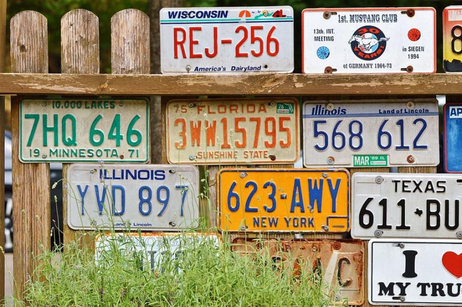 Rejestracja pojazdu. Będzie pozostawienia starych tablic rejestracyjnych