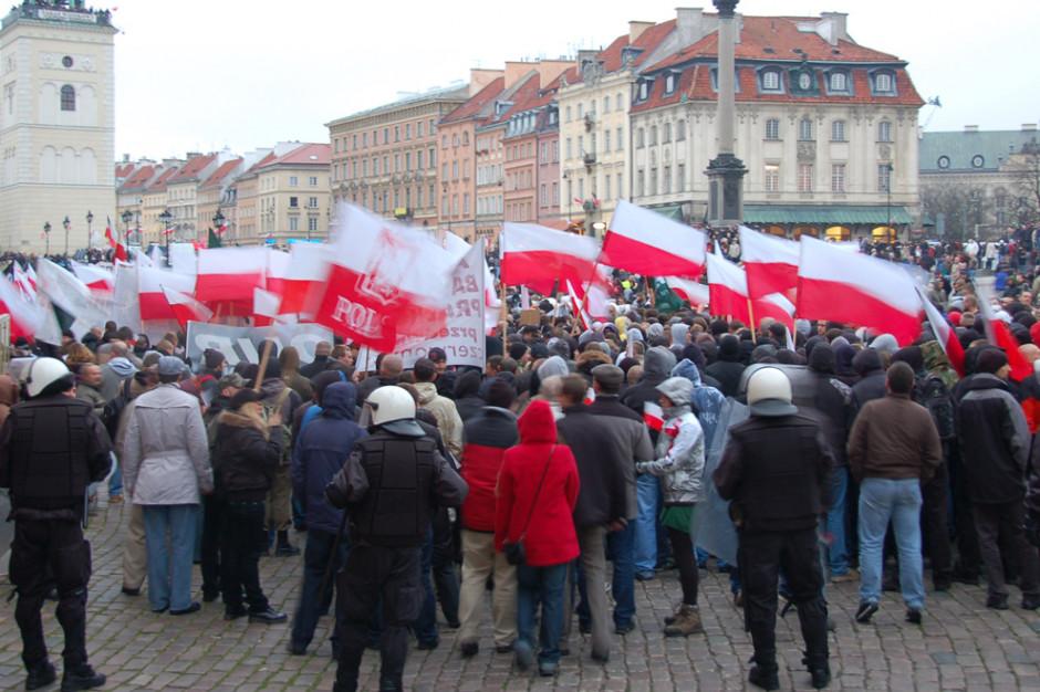 Warszawa. Ratusz rozwiązał marsz narodowców