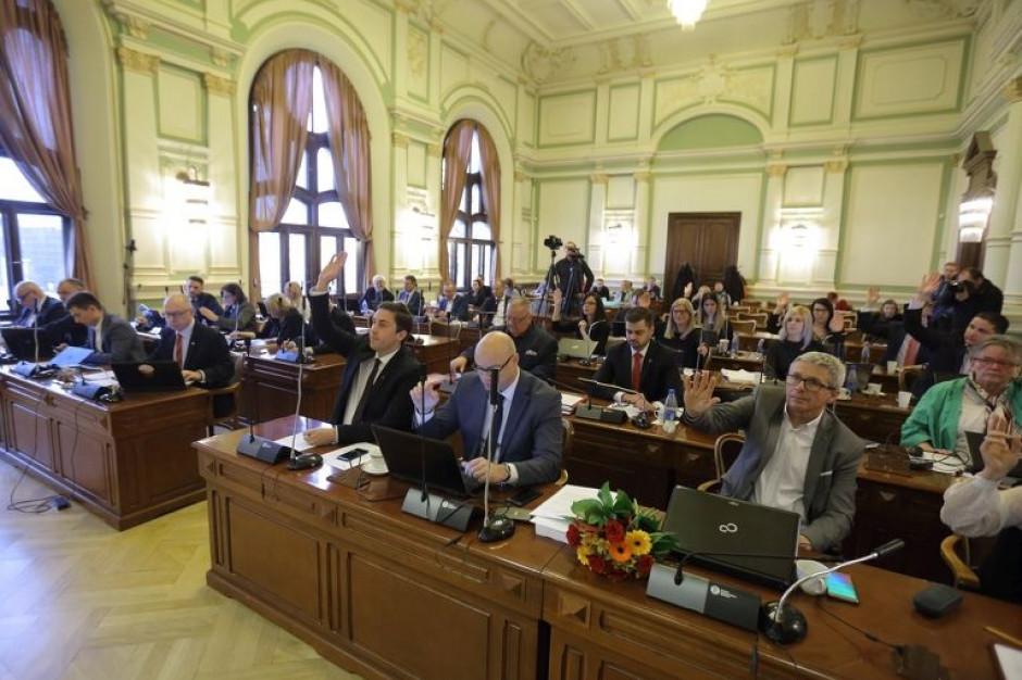 Nowe prawa i obowiązki radnych w kadencji 2018-2022