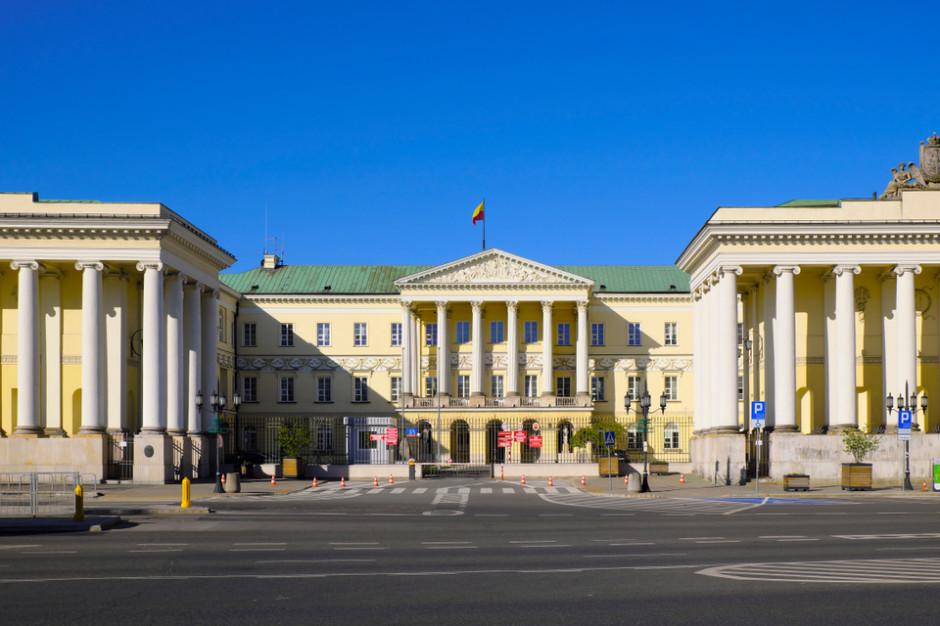 Sondaż wyborczy. Walka o Warszawę rozegra się między Trzaskowskim a Jakim