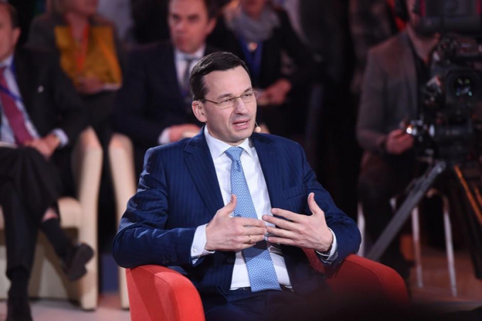 Mateusz Morawiecki podpisał uchwałę w sprawie programu Dostępność Plus