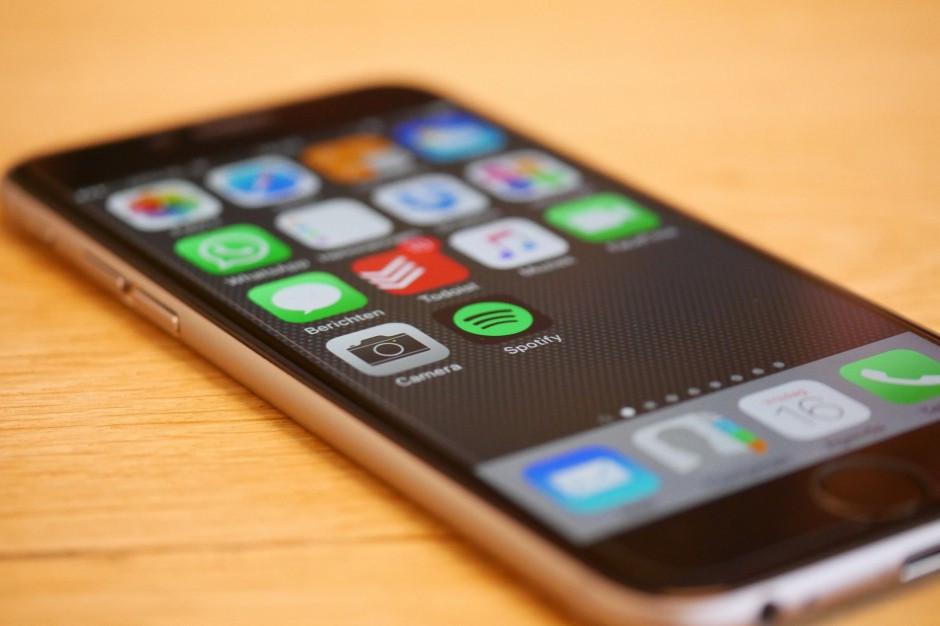 Mobilny dowód osobisty w smartfonie już za miesiąc